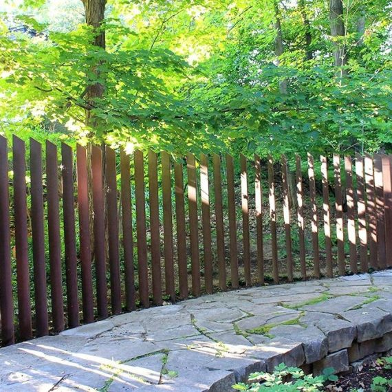 resize_resize_corten-fence-fence-sculpture